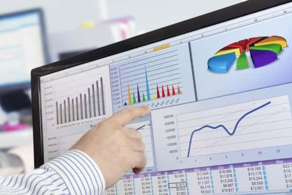 Удаленный бухгалтер: плюсы и минусы в сравнении с приходящим